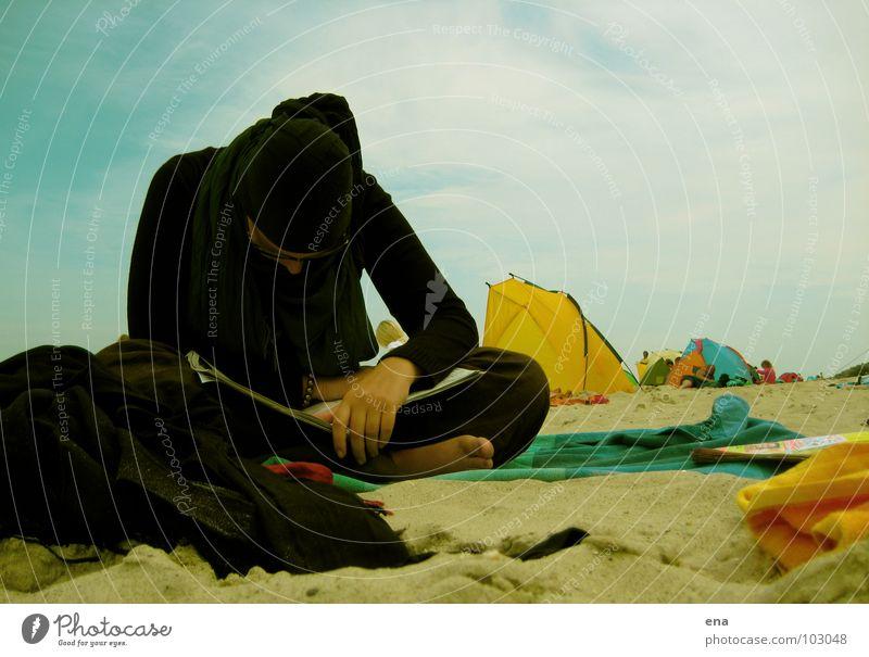 Ocean Beach Calm Black Cold Sand Reading Baltic Sea Go under Barefoot Rügen
