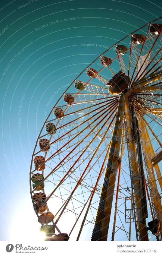Ferris wheel 1 Fairs & Carnivals Rotate Playing Sky Flying Kitsch Joy D 80 Seating Vantage point Sun