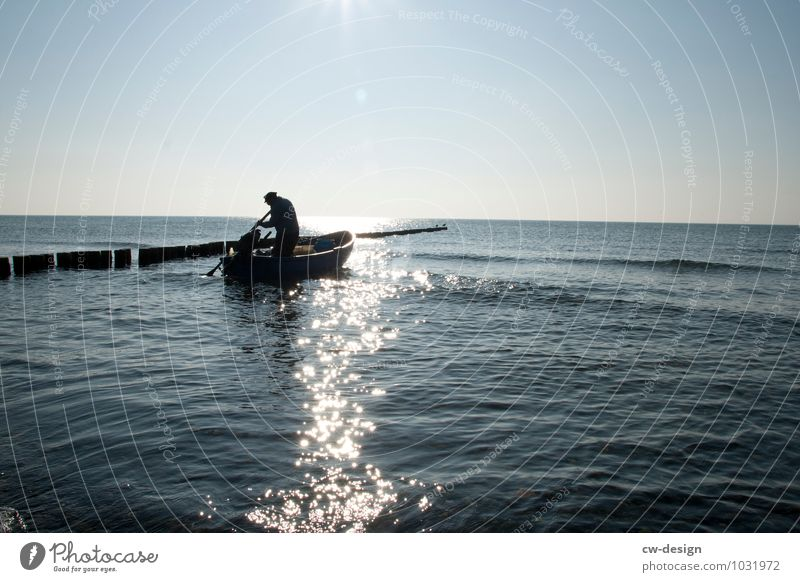 Watermark | The Fisherman Fishing (Angle) Aquatics Human being Masculine Man Adults Male senior Grandfather Senior citizen Life 1 45 - 60 years