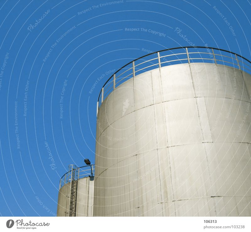 TOWER BEATS JUMPERS Lamp To fall Dangerous 2 Together Water tank Block Manmade structures Work and employment Box Cuboid Iron plate Round Platform Silo