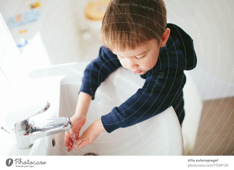 Human being Child Water White Hand Life Boy (child) Healthy Bright Flat (apartment) Masculine Infancy Cute Clean Curiosity Cleaning