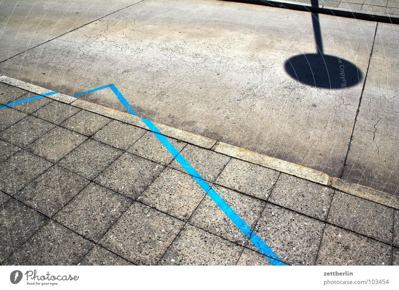 Blue Angle Sidewalk Seam Absurdity Curbside Turn off Diagram Illustrate Interpret Horoscope Road sign Traffic infrastructure Signs and labeling Line