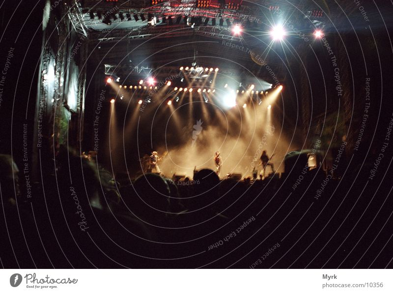 Music Dance Shows Concert String Stage Audience Fan Floodlight Outdoor festival Shake of the head