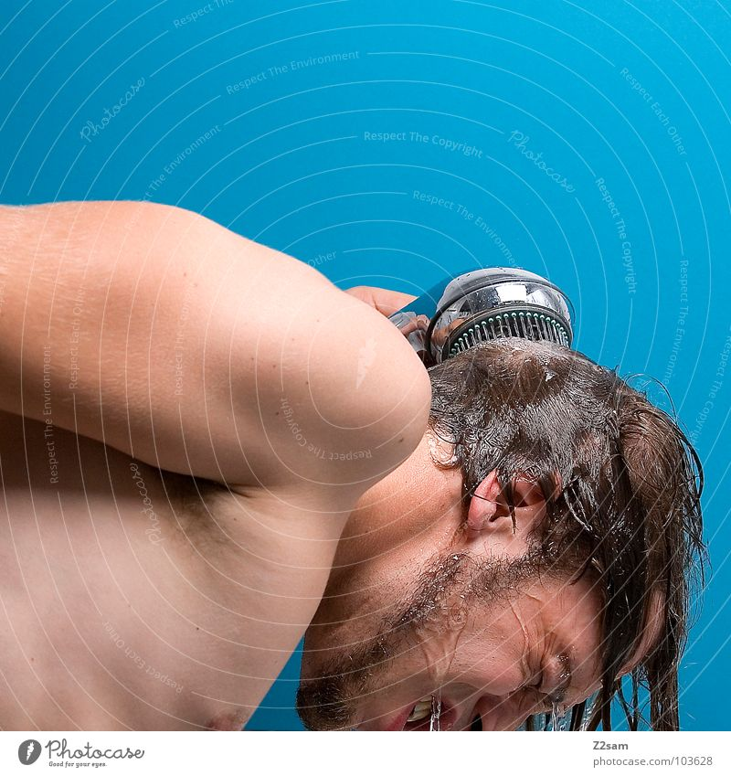 shower II Shower head Cleaning Personal hygiene Jet of water Hand Man Chrome Refreshment Fresh Wet Cold Physics Refrigeration Upper body Masculine
