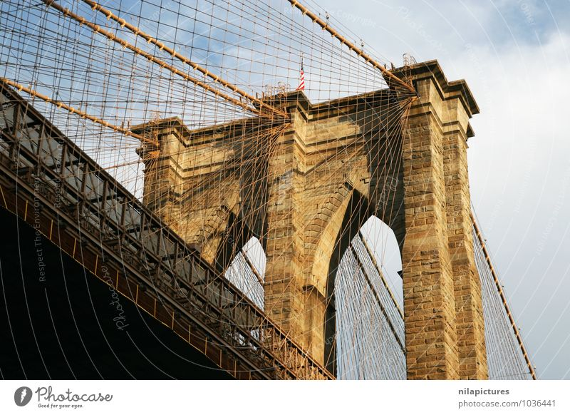 brooklyn bridge Vacation & Travel Sightseeing City trip Town Skyline Bridge Building Architecture Tourist Attraction Landmark Monument Street Car Stone Brick