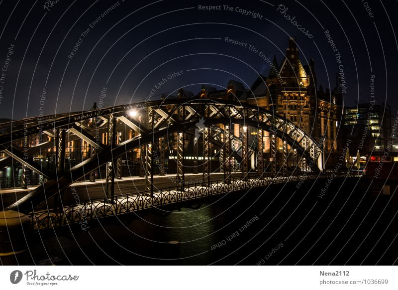 Brooks Bridge IV Town Port City Downtown Old town Harbour Wall (barrier) Wall (building) Tourist Attraction Landmark Monument Dark Cold Hamburg