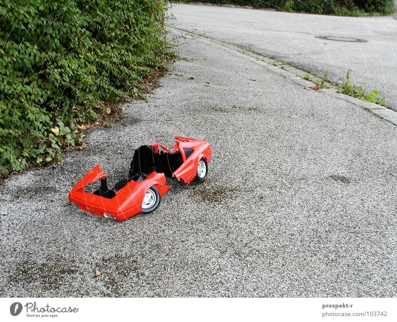Green Plant Red Street Gray Car Broken Toys Infancy Curve Destruction Gully Curbside Chrome