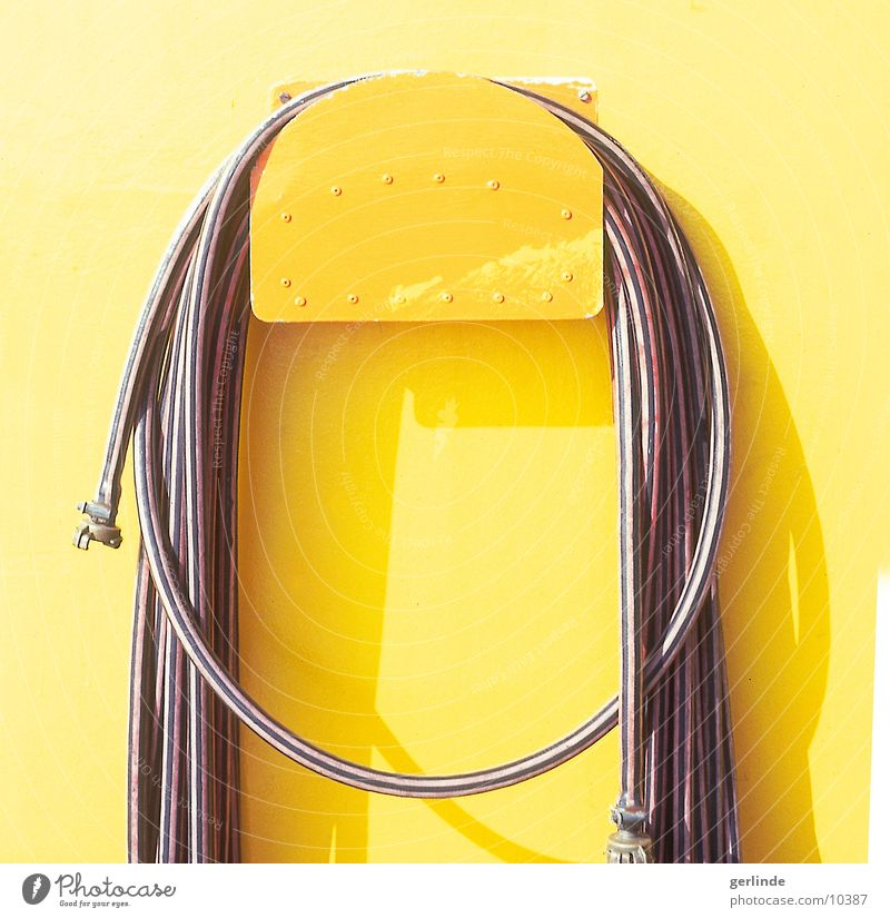 yellow Yellow Watercraft Hose Light Leisure and hobbies Sun Shadow