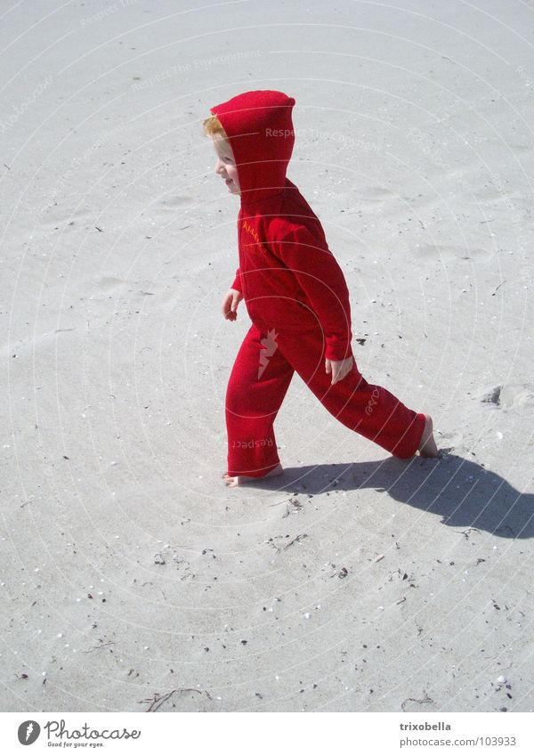 Human being Child Girl White Red Beach Vacation & Travel Sand Coast Hiking Going Wind Walking Moon Dwarf