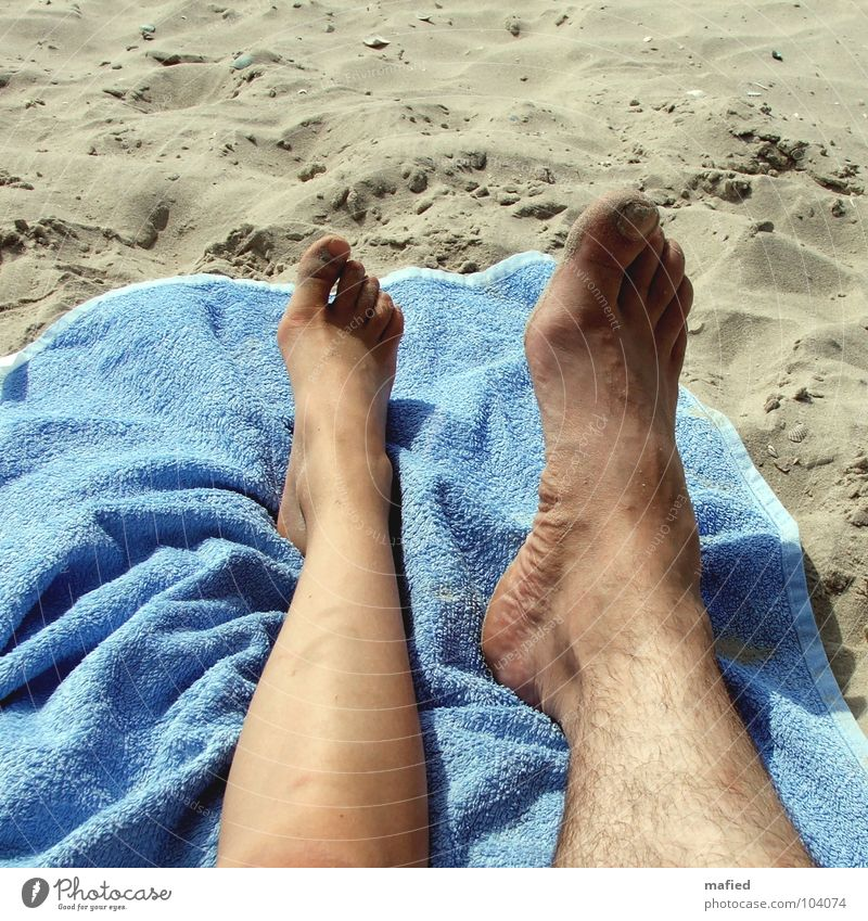 Human being Vacation & Travel Summer Beach Sand Small Feet Leisure and hobbies Large Family & Relations Towel Toes