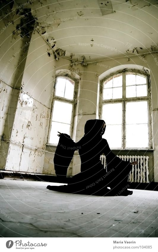 Loneliness Dark Dance Gloomy Broken Transience Mysterious Derelict Obscure Decline Ghosts & Spectres  Coat Mystic Hooded (clothing) Magic Phenomenon