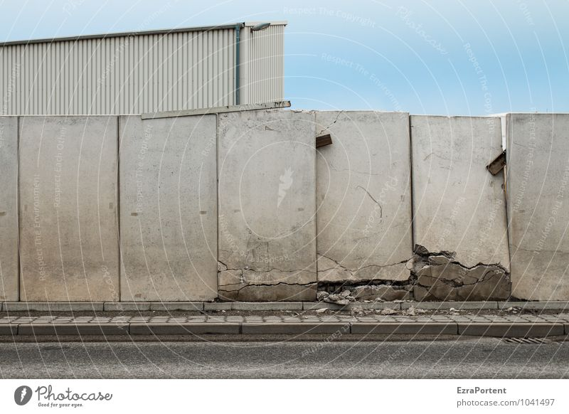 fall of the wall Style Sky Town House (Residential Structure) Industrial plant Factory Ruin Manmade structures Building Wall (barrier) Wall (building) Facade