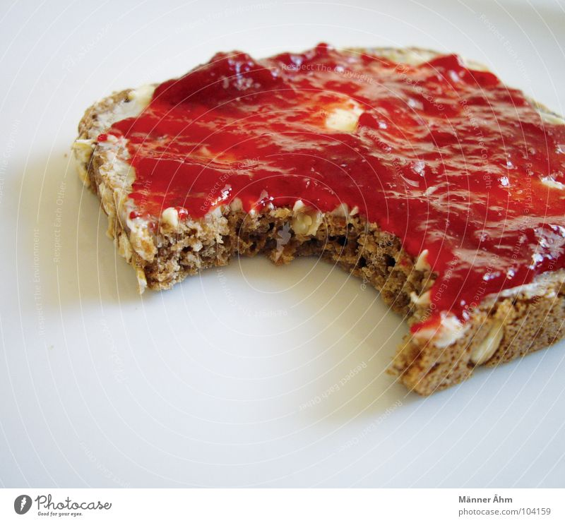 Red Fruit Nutrition Sweet Kitchen To enjoy Grain Breakfast Delicious Bread Plate Strawberry Bite Sunday Self-made Icebox