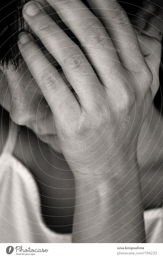 pain Young woman Youth (Young adults) Woman Adults Head Hand Sadness Cry Emotions Grief Pain Fear Distress Anguish Soul Stunned Tears Portrait photograph
