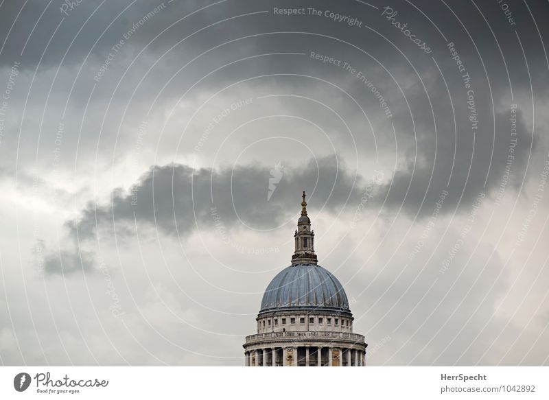 St Paul's Sky Clouds Storm clouds Bad weather London Capital city Downtown Skyline Dome Building Architecture Tourist Attraction Landmark St. Paul's Cathedral