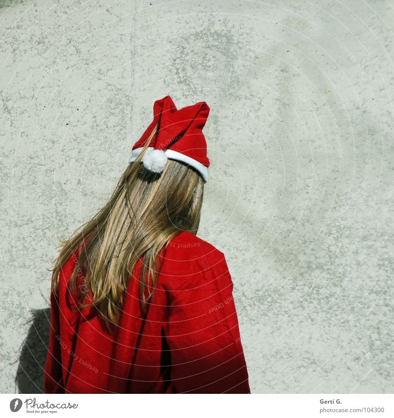 u n d e r c o v e r Santa Claus Religion and faith Trade Commercial Wall (building) Wall (barrier) Concrete Gray Light Timidity Red White Long-haired Man