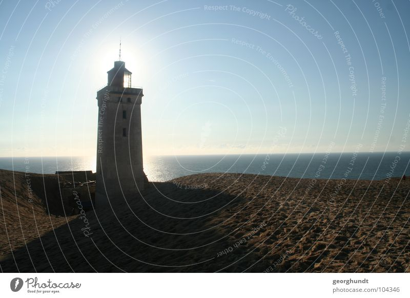Lighthouse, sham-bar Drop shadow Aperture Dazzle Radiation Ocean Beach dune Jutland Lamp Horizon Lake Loneliness Grief Shadow Moody Dismantling Mountain Earth