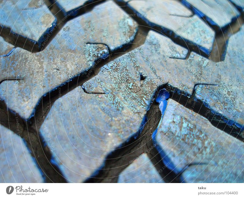 PROFILES Car tire Rubber Painted Playground Spontaneous Black Furrow Beautiful Resting place Break Macro (Extreme close-up) Close-up natanael pinggau Joy Blue