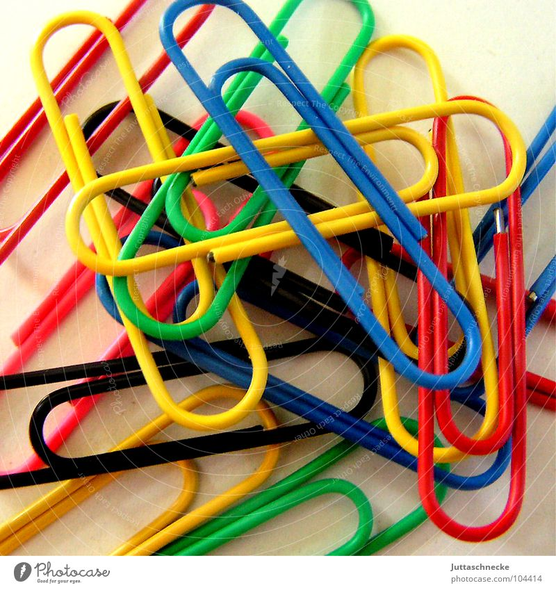 clingy Holder Paper clip Multicoloured Red Yellow Green Untidy Happiness Work and employment Black Rack Stationery Things Muddled Together Cohesive Bend Wire