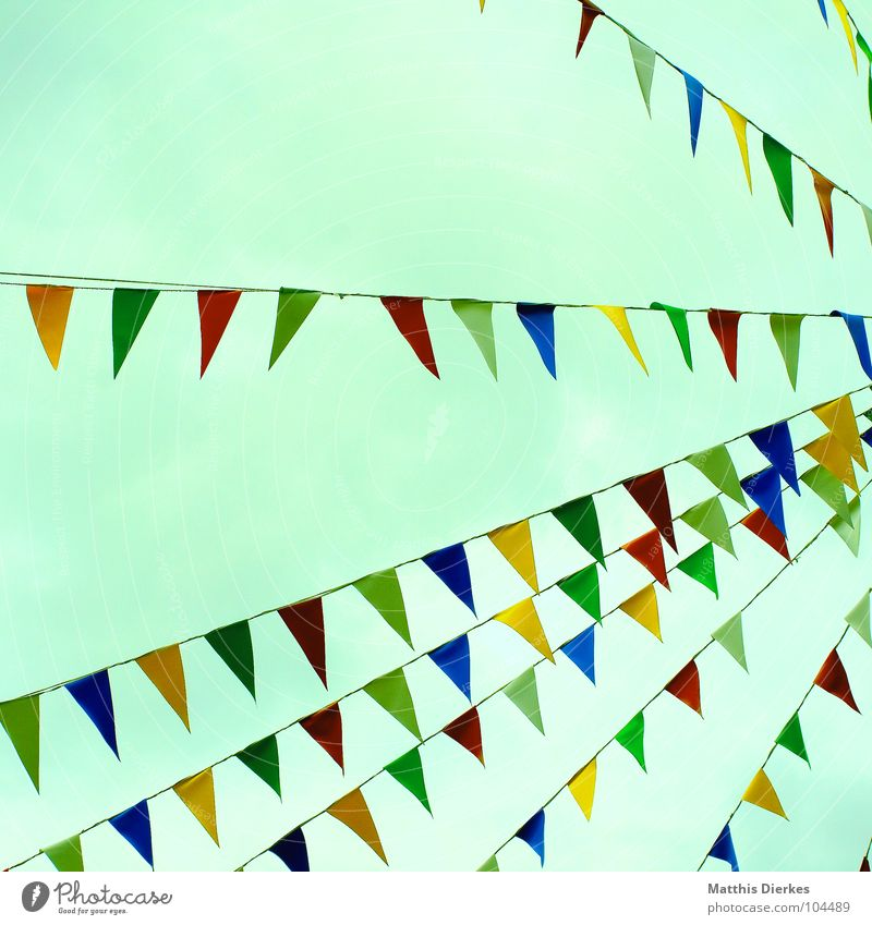 GARLAND Paper chain Red Green Yellow Hang up Embellish Adorned Jewellery Joy Fairs & Carnivals Festive Party Shooting match Public Holiday Marketplace Places