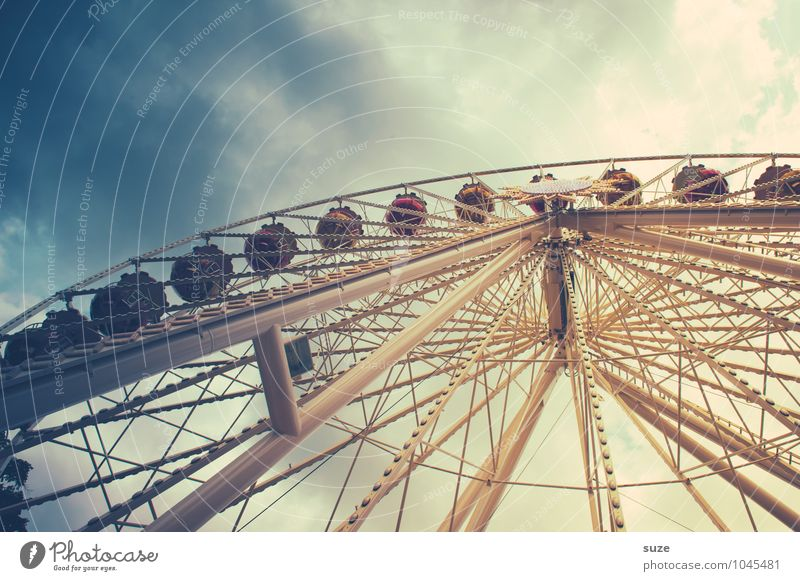 Dizzy, up you go. Leisure and hobbies Feasts & Celebrations Fairs & Carnivals Infancy Sky Clouds Large Tall Above Retro Round Joy Fear of heights Ferris wheel