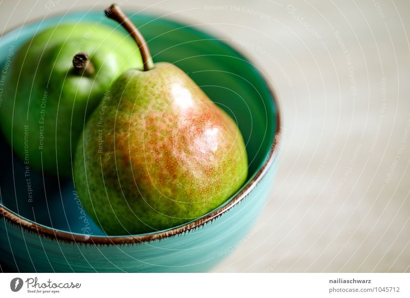 pears Food Fruit Pear Organic produce Vegetarian diet Diet Crockery Bowl Fragrance Illuminate Healthy Delicious Natural Positive Juicy Sour Beautiful Sweet Blue