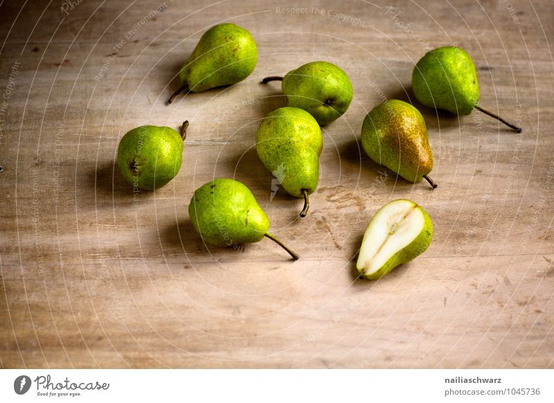 pears Food Fruit Pear Organic produce Vegetarian diet Diet Fasting Wood Fragrance To enjoy Fresh Healthy Small Delicious Natural Juicy Beautiful Brown Yellow