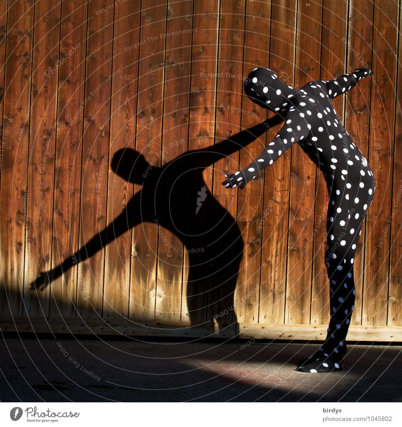 walkact Style Androgynous 1 Human being 2 Art Stage play Actor Ballet Shows Shadow play Wooden wall Catsuit Costume Carnival costume Point Movement To hold on