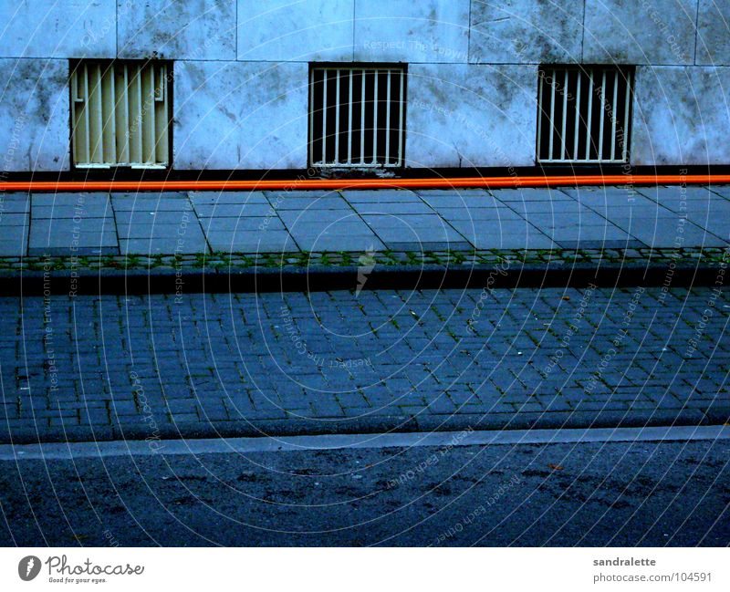 Blue House (Residential Structure) Street Wall (building) Orange Cable Cologne Sidewalk Traffic infrastructure Transmission lines Hose Lanes & trails Cellar window