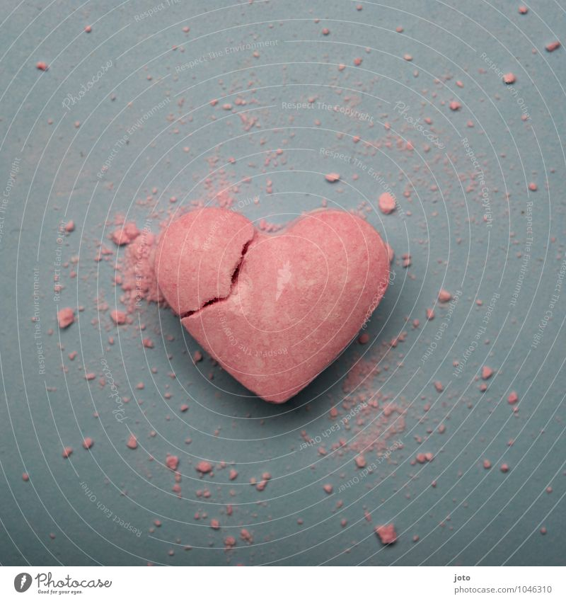 in two II Valentine's Day Heart Broken Sweet Trashy Pink Hope Lovesickness Pain Longing Disappointment Loneliness Distress Jealousy Betray Force Love affair