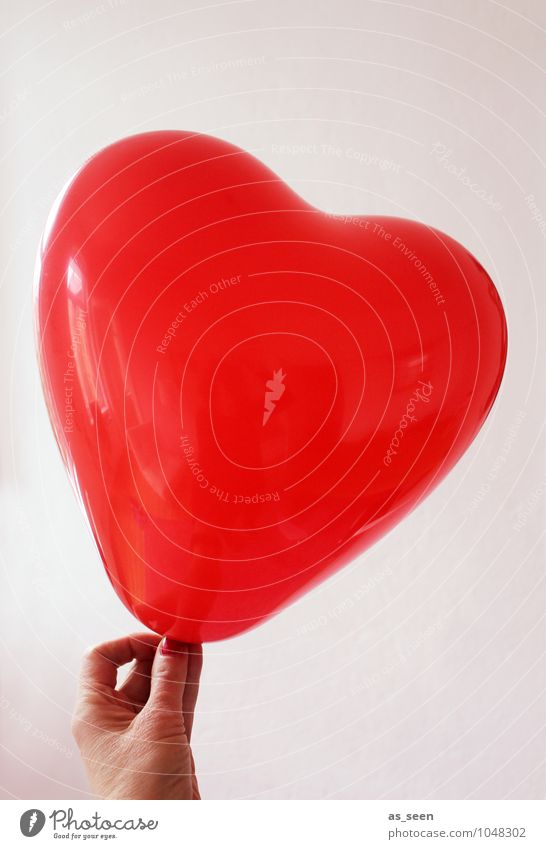 Hold your love Woman Adults Hand Fingers 1 Human being Shows Balloon Sign Heart To hold on Esthetic Hip & trendy Red Emotions Happy Warm-heartedness Love