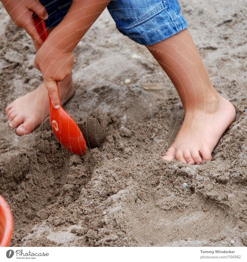 Child Vacation & Travel Blue Summer Ocean Red Joy Yellow Boy (child) Playing Sand Legs Feet Leisure and hobbies Infancy Stand