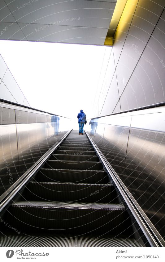high up II 1 Human being Argument Future Fear of the future Escape Uncertain future Escalator Public transit Track Point of departure Go up Promotion