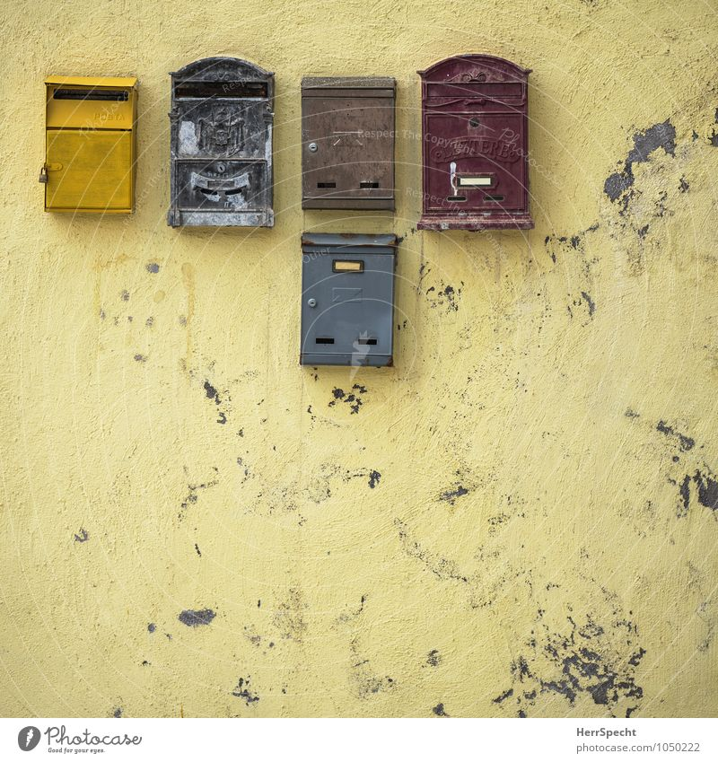 Please, Mr. Postman... Italy House (Residential Structure) Wall (barrier) Wall (building) Facade Mailbox Old Esthetic Authentic Exceptional Dirty Gloomy Yellow