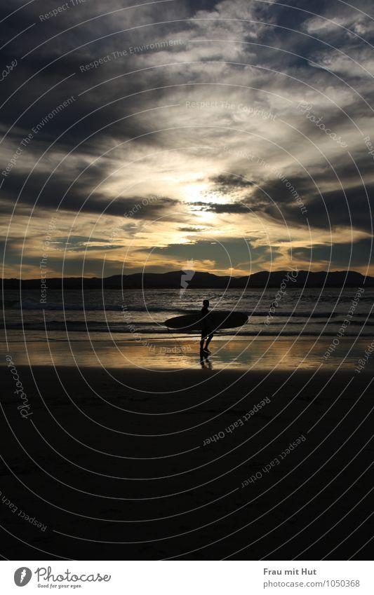 Beach Boys Body Board Summer Summer vacation Sun Ocean Waves Sports Aquatics Surfboard Masculine Man Adults Life 1 Human being Sand Water Sky Clouds Horizon