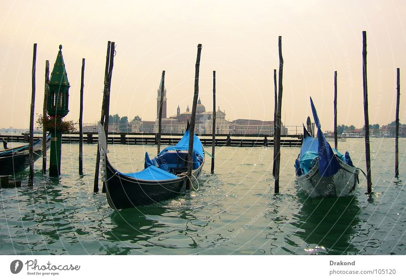 Wonderful Venice Gondola (Boat) Wood flour Italy Watercraft Calm Safety Hot gondolier Venetian channels water the Sun sky blue ship boat put of the Sun