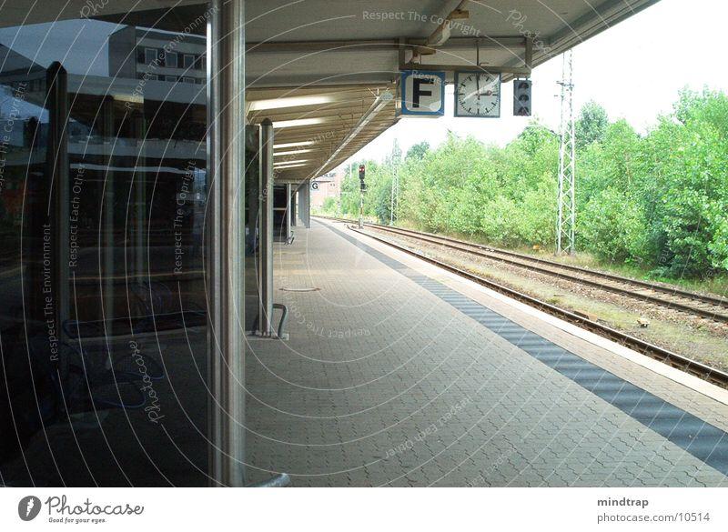 Platform_1 Braunschweig Calm Railroad Wait