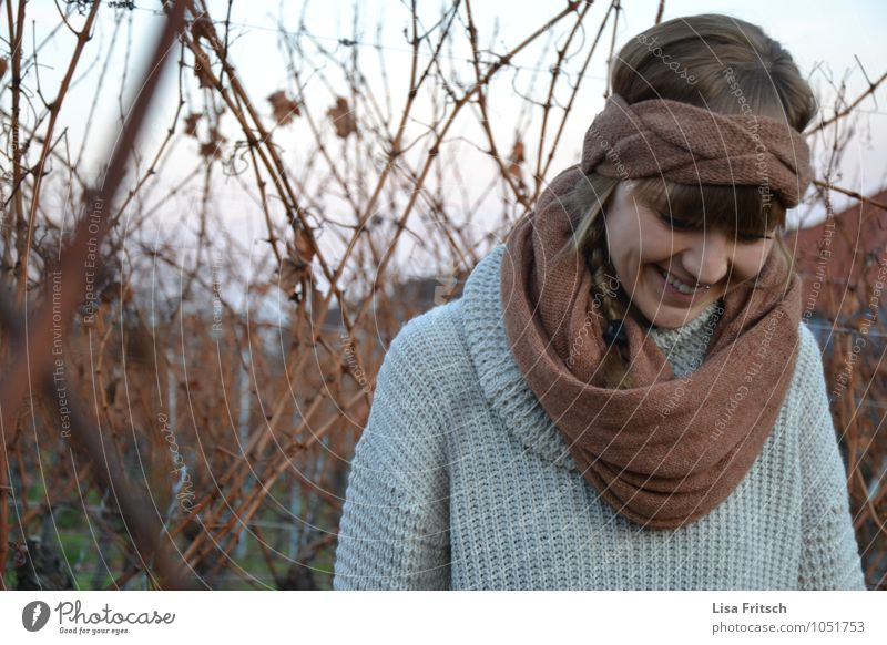 you have to love noses² Feminine Young woman Youth (Young adults) Woman Adults 1 Human being 18 - 30 years Bushes Scarf Headband Brunette Bangs Smiling Laughter