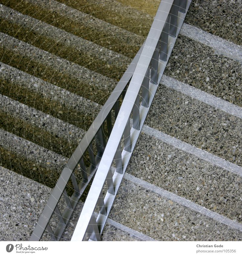traffic point Oncoming traffic Staircase (Hallway) Gymnasium Story Gray Steel Bird's-eye view Architecture Detail Stairs past each other Upward Downward