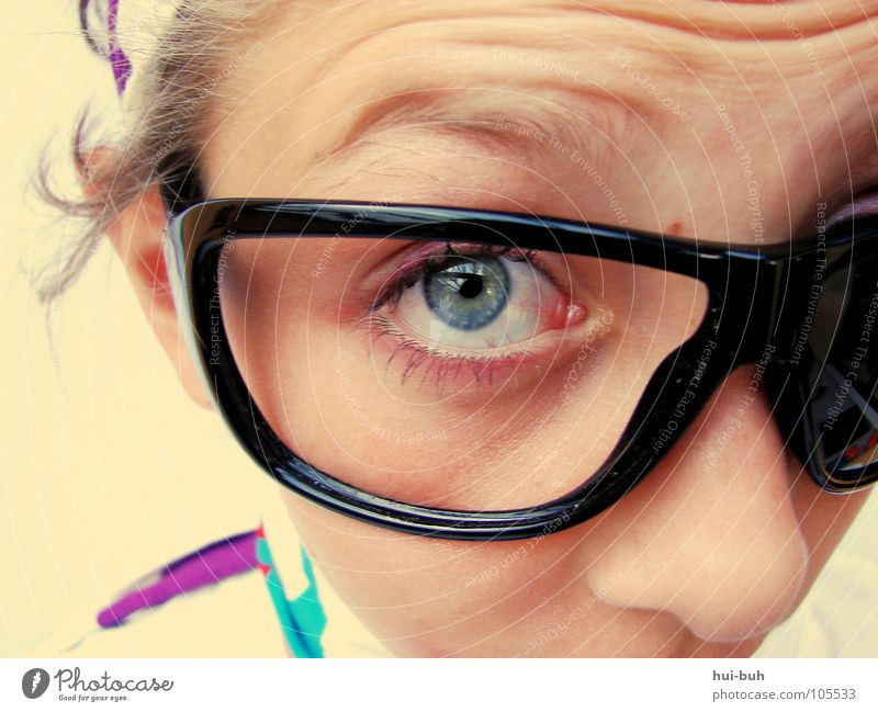 Woman Child Youth (Young adults) Beautiful Girl Far-off places Eyes Small Funny Large Crazy Sweet Eyeglasses Communicate Cute