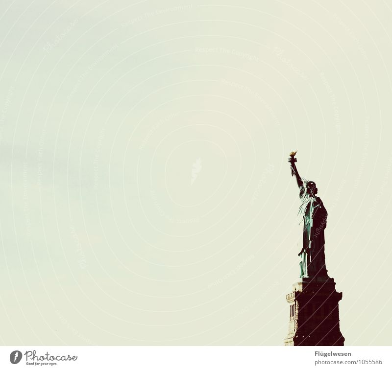 Say goodbye quietly servus Vacation & Travel Tourism Sightseeing City trip Tourist Attraction Landmark Monument Statue of Liberty Breathe Curiosity