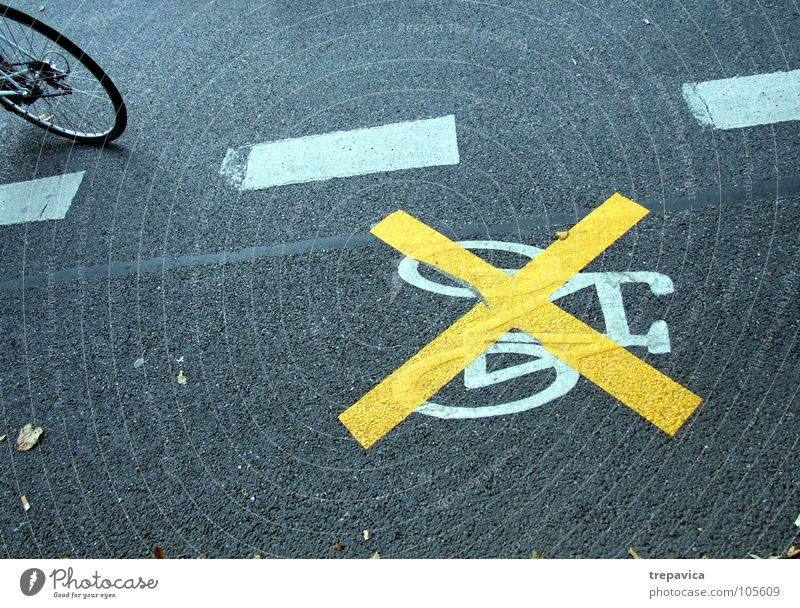 White Yellow Street Line Bicycle Concrete Arrangement Floor covering Signage Bans Street sign Ignore Prohibition sign
