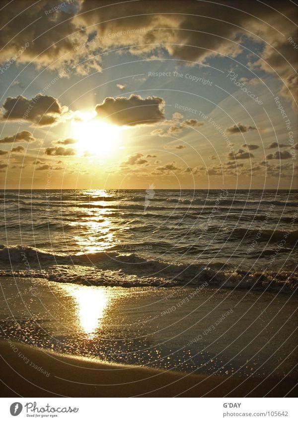 Sky Vacation & Travel Summer Sun Ocean Loneliness Calm Clouds Beach Yellow Sand Horizon Waves Europe Round Romance