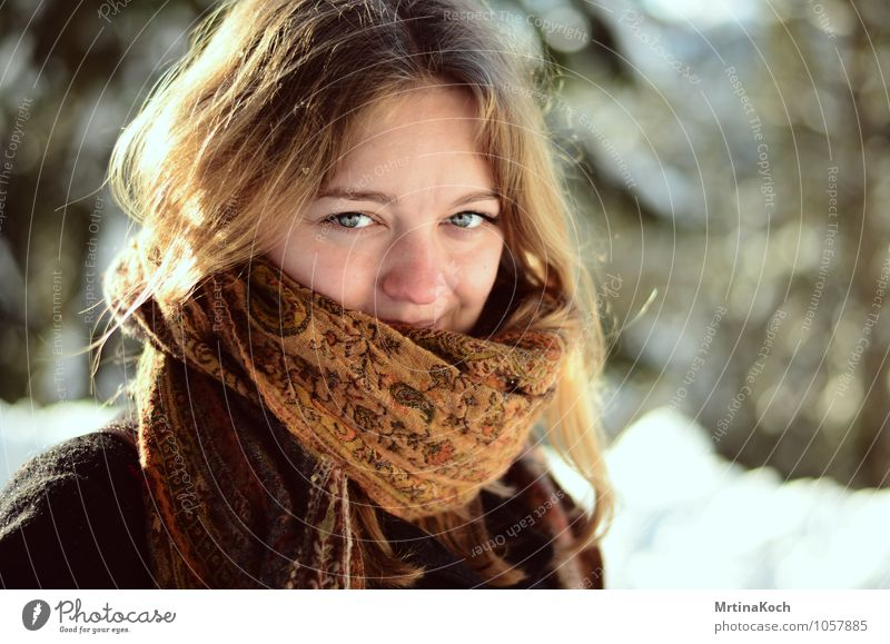 Winter view. Human being Feminine Young woman Youth (Young adults) Woman Adults 1 Joie de vivre (Vitality) Spring fever Anticipation Enthusiasm Optimism Brave