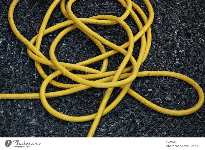 confused Hose Electricity Yellow Asphalt Media Cable Knot wireless Terminal connector network Information Technology User interface Irritation