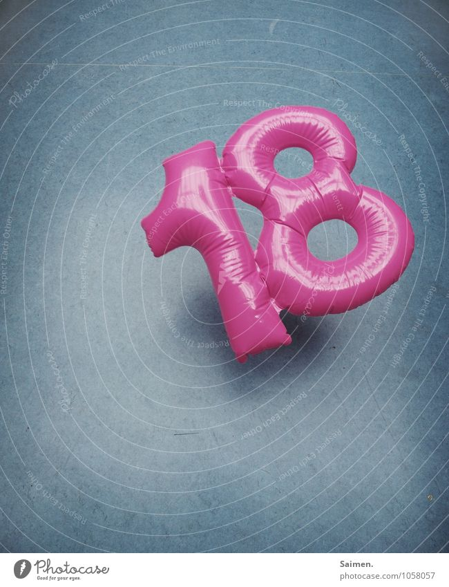18's a good number. Sign Digits and numbers To fall Blue Pink Glittering Floor covering Plastic Inflatable Birthday Decoration Multicoloured Interior shot