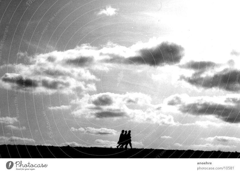 Clouds Group Friendship Wind 3 North Sea Dike Human being