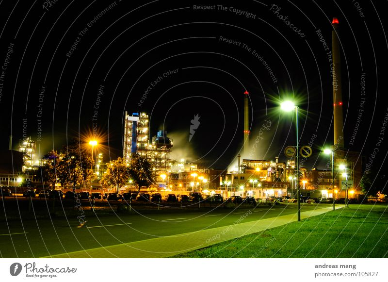 Street Lamp Dark Work and employment Grass Building Bright Lighting Dirty Industry Industrial Photography Tower Asphalt Smoke Sidewalk Exhaust gas