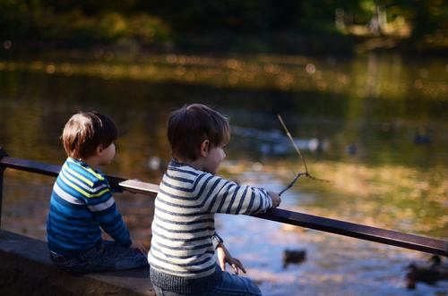 Child Human being Autumn Lake Friendship Park Infancy Toddler Pond Autumnal Brothers and sisters 3 - 8 years