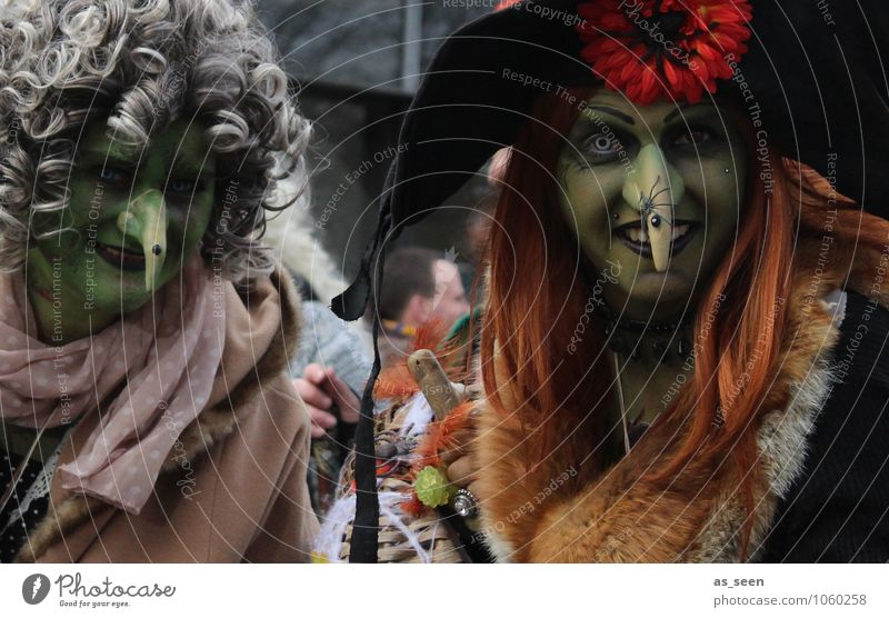 street carnival Feasts & Celebrations Carnival Hallowe'en Human being Feminine Life 2 Event Shows Environment Crossroads Clothing Mask Wig Hair and hairstyles
